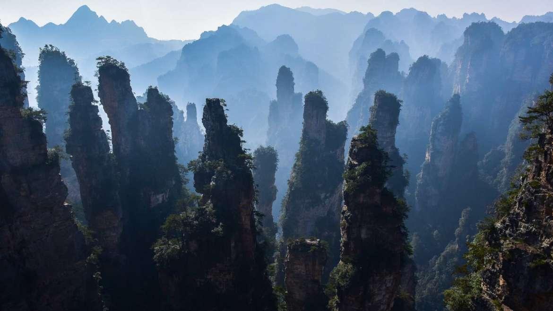 Explore South China! Zhangjiajie- Avatar Mountain in Hunan