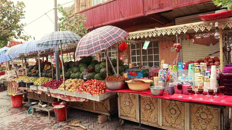 Xinjiang travel- Uyghur fruit market