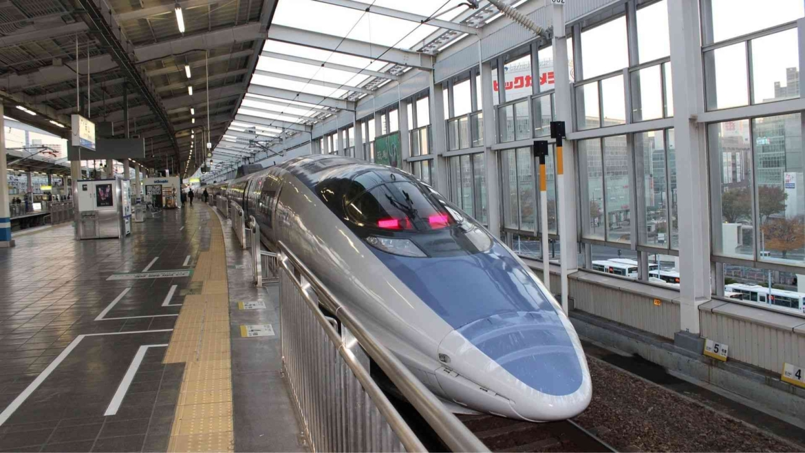 Traveling by speed train